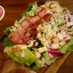 ビアホール ビヤケラー東京 - グリルベーコンのシーザーサラダ:1,058円