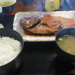 食事処 池田 - 金目鯛煮つけ定食