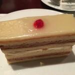 ドゥ マゴ パリ - レモンクリームのケーキ
