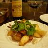 オステリア・イタリアーナ・ヴッチリア - 料理写真:地鶏とじゃがいものロースト、赤ボトル16.11