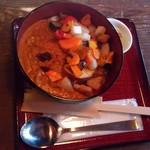 ナラマチ ホステル&レストラン - 7種スパイス特製カレー 1000円