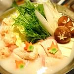 59928717 - 佐賀県みつせ鶏と比内地鶏の白湯風 水炊き鍋 (秋の音コース)