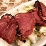 肉びすとろ 熟 - 豚タンスモークと白葱コールスロー