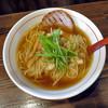 百代 - 料理写真:追い鰹醤油ラーメン