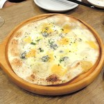 バルビダ - 4種のチーズピザ