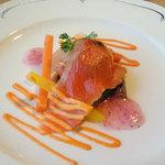 章月グランドホテル - サーモンのウニソース(前菜)