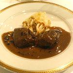 6638 - 肉料理 鳩のフォアグラとトリュフソース