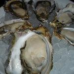 クイーンズ オイスター ハウス アザブ - 牡蠣とりまぜ