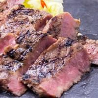 牛タン工房 鎌倉ハム - 柔らかさと肉厚感に驚きます!名物 厚切り牛タン焼き