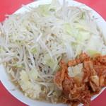 ラーメン二郎 - 小ラーメン+野菜ニンニク+キムチ