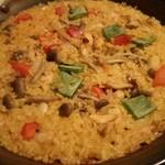 エル ヌエーボ - ランチ:鶏と野菜のパエージャ(2016年12月)