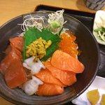 ちりめん・しらす専門店 凪 - 海鮮丼