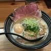 極麺 青二犀 - 料理写真:鶏しょうゆらーめん(800円)+煮たまご(100円)