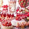 ロビーラウンジ 「マーブルラウンジ」 - 料理写真:デザートビュッフェの祭典「ストロベリーデザートフェア」
