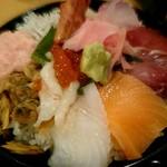 60054624 - 海鮮丼(アップ)