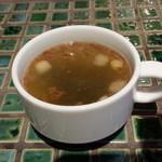 エスタジ グリル&ビア - セットのスープが一番最初に
