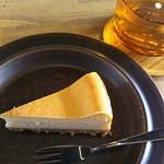 カフェ ルーマ - ベイクドチーズケーキ
