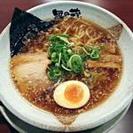 越後秘蔵麺 無尽蔵  - 【鶏がら醤油らーめん】¥723