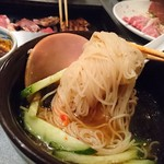 丸福 - 麺アップ
