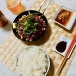 富士竹 - グラム650円の国産並の馬肉をなんと600g購入しステーキ