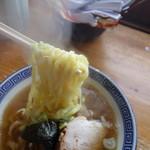 つぼの華 - 麺は自家製麺、そんなに熟成させた感じはありませんが何気に美味い!