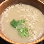 蕎舎 - 濃度の高いトロリとした蕎麦湯の中に繊細なおそば