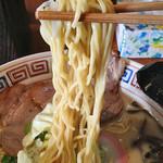 多摩利屋 - 牛乳らーめん「かんたろう」600円+大盛り150円(麺)