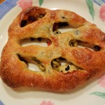 パラオア - トマトとオリーブのパン