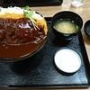 梶屋 - 料理写真:デミカツどん+大盛(蓋開け):850円+100円