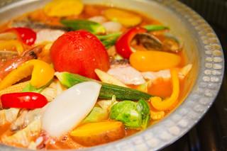 炉バルLO - 海鮮&野菜のトマト鍋