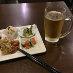 Y'sバイキングレストラン - 前菜と生ビール ビールはハートランド