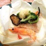 6019529 - 新鮮魚介の包み焼き(メインデッュ)