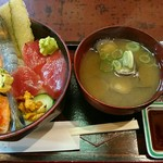 巣鴨三浦屋 - 三浦丼 997円+味噌汁(しじみ) 133円