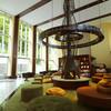 定山溪鶴雅リゾートスパ森の謌 - 内観写真:森ラウンジの暖炉