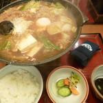 ばんどう太郎 - みそ煮込み(税込1,058円)+ご飯セット(税込280円)