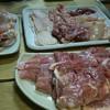 焼鳥角 - 料理写真:予め用意された肉