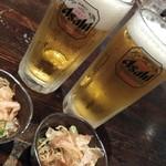 浜の牡蠣小屋 - ビール&付きだし