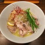 夕日のキラメキ一乗寺 - 純鶏白湯塩らーめん 肉増量(並160g)