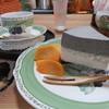 茶房 花風月 - 料理写真:手作り豆腐ケーキ&コーヒーセット