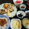赤津 - 料理写真:赤津定食(日替わり)