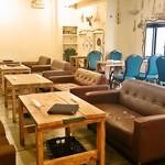 PUBLIC KITCHEN cafe - 2階