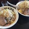 麺家 大須賀 - 料理写真:ともらーめん もやし.にんにく少なめ  ともらーめん普通