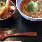 手打蕎麦 ばんしゃ - 天ぷらとお蕎麦のセット。