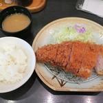 とんかつ 勝 - 厚切りロース定食2,000円+税