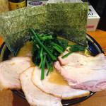 60347448 - 2016.12                       チャーシュー麺