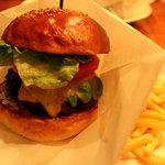 ファンゴー - アボカドチーズバーガーのregular 1400円