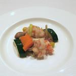 重慶飯店 麻布賓館 - エビと腸詰めの炒め