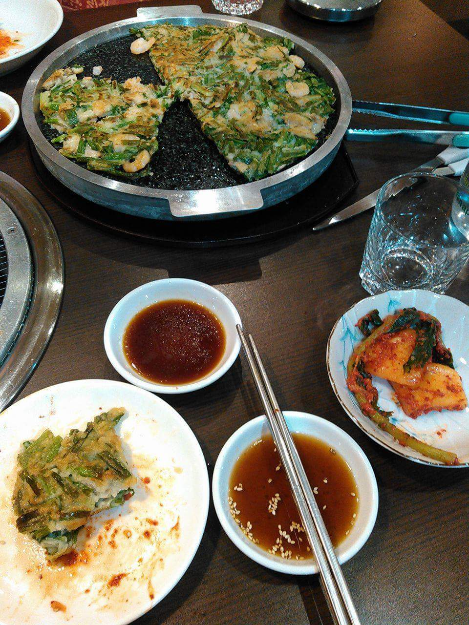 韓国料理 炭火焼肉 梨の花
