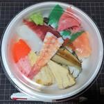 丸太鮓 - 料理写真:サンキューちらしどんぶり 390円