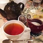 オフィシナ・デル・カフェ - 紅茶